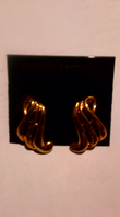 Gold tone fashion earrings (Code 3430)